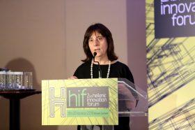 Θεσμικός Χαιρετισμός: Δρ. Ελένη Μάλλιου, Προϊσταμένη Τμήματος Δεικτών & Δράσεων ΕΤΑΚ, Εθνικό Κέντρο Τεκμηρίωσης (ΕΚΤ)